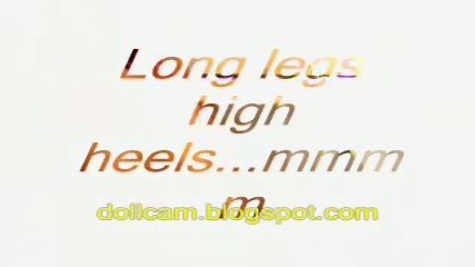 Sexy Webcam Milf Strips In Bikini - scene 10