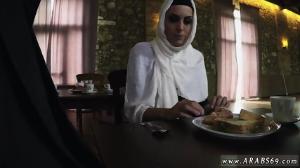 Muslim girl boobs and arab white Hungry Woman Gets Food and Fuck