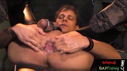 Raunchy twunk punishing his own butt