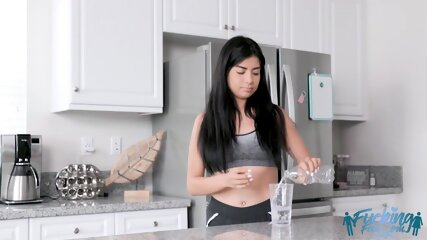 Karmen Santana Helping Moms Problem With Bro