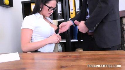 BARBARA BIEBER FUCKED WITH HER UNDERLING