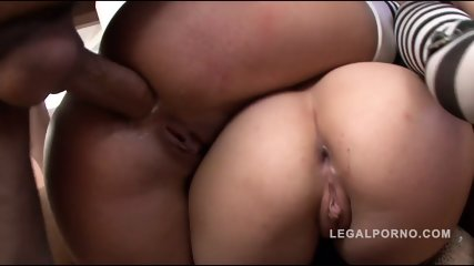 Whores In Anal Threesome