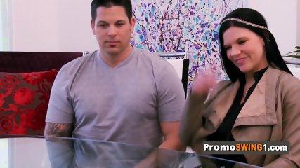 Promoswing season 5 episode 3. Amateur swinger couples