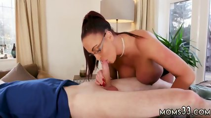 White cum xxx Big Tit Step-Mom Gets a Massage