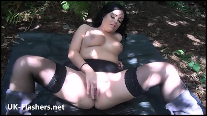 Latin Kalinas Outdoor Blowjob And Flashing Amateur Brunettes Public Masturbation In The Park With Sexy South American Milf