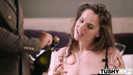 TUSHY Tori Black Has Incredible Anal Sex After Fashion Shoot - scene 2