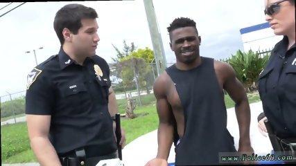 Best amateur facial Black suspect taken on a raunchy ride - scene 5