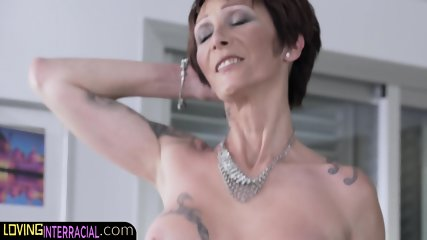 Limber inked up gilf taking dick deep