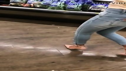 1of 3 SEXY Gradual Movement Thighs IN HEELS Small JEANS Butt MILF