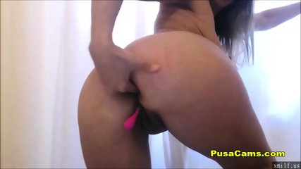 Horny Girl Squirts All Over The Cam by XMILF.US