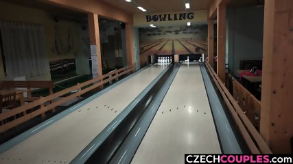 Foursome Fucking in Bowling Centre