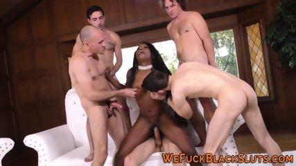 Ebony babe gets bukkaked
