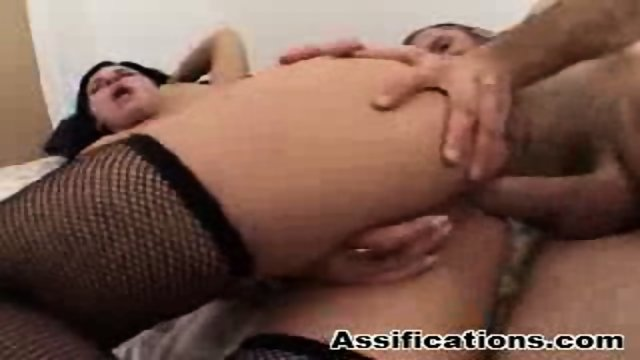 Tattooed brunette gets nailed hard plus a cumshot in the ass