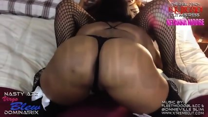 Black woman gets her massive Clitoris sucked off!