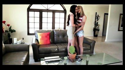 homemade amateur lesbian strap on - lesbian 3some - amateur lesbians share cock