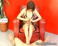 Shaved Nippon Pussy Gets Electrosex