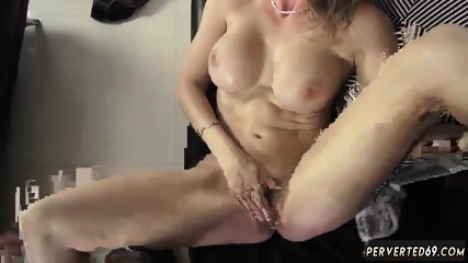 Mom and couple sex scandal xxx This MILF not only knows what she wants, but also knows