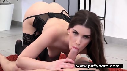 Gorgeous Zena Little gives an amazing blowjob
