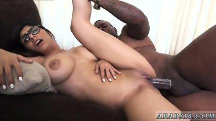 Teen couple facial and white burglar fucks Mia Khalifa Tries A Big Black Dick