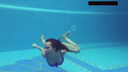 Lina Mercury hot Russian submerged underwater