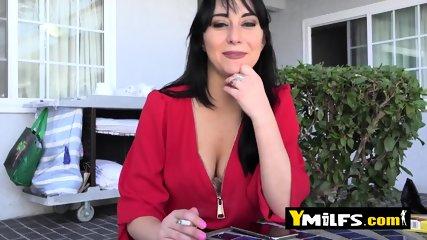 Allesandra Snow big titted Juicy cute amateur milf with big nippjes tastes young stunt cock