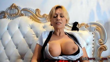 German MILF Wirh Big Tits Solo Masturbation on Webcam