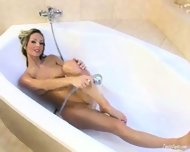 Vanessa Cooper in the Bathtub - scene 3