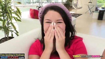 Natural Busty Teen Daisy Summers Loves Big Cocks