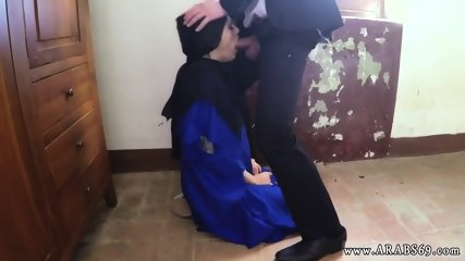 Muslim babe hd first time 21 yr old refugee in my hotel room for sex
