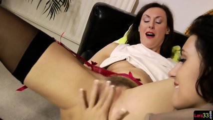 Roundass Milf Orally Pleasured And Toyed