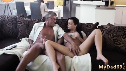 Daddy amateur What would you choose - computer or your girlplaymate?