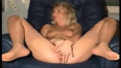 Your Mama playing with herself - scene 11