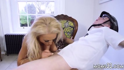 Mom milfassociate and blonde waitress She deep throats the boy off and has him plumb her