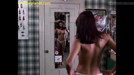 Shannon Elizabeth Bare Tits In U . s . Cake Film