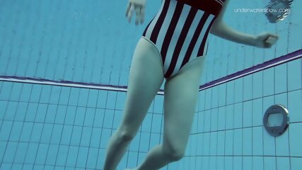 Poleshuk Lada second underwater sexy video