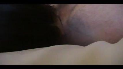 Female guitar licks men s butt (00604)