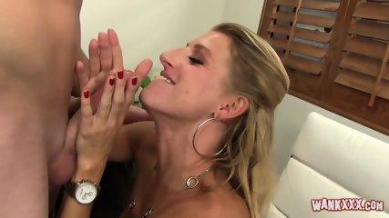 Duże piersi sex wideo