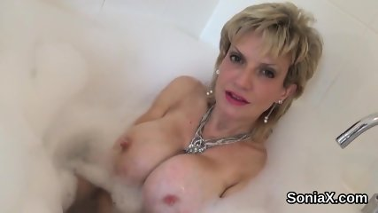 Unfaithful english mature lady sonia flaunts her giant tits