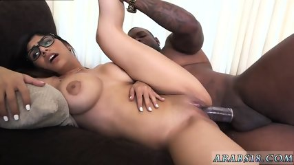 Cum dripping handjob monster cock white pussy Mia Khalifa Tries A Big Black Dick