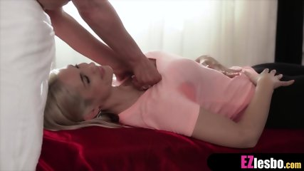 to pussy Show lick me how