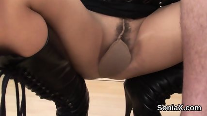 Adulterous uk mature lady sonia displays her big puppies
