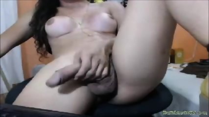 Amateur Teen Tranny With Her Big Beautiful Cock