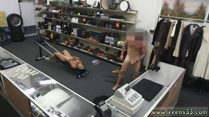 Big giant cock Muscular Chick Spreads Eagle For Cash!
