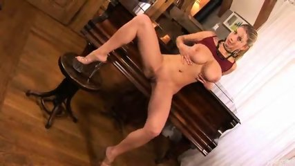 Piano Girl Snow masturbating 2 - scene 11