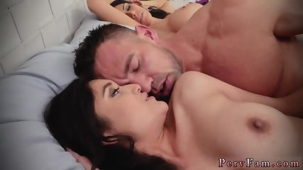 Dad cheats with chum comrade s daughter Family Shares A Bed