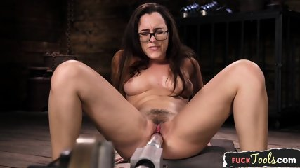 Solo Machine Babe Fucked On Her Back