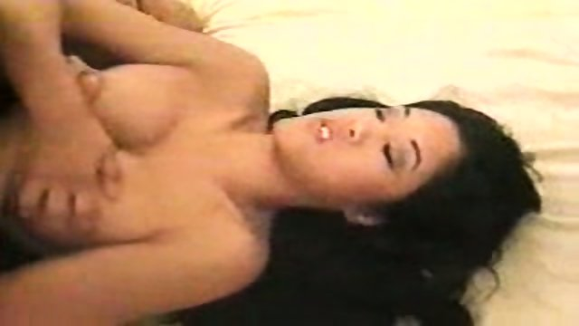 Asia Girl sucks
