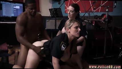 Milf double facial Raw video grasps officer poking a deadbeat dad.