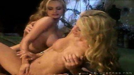 Pornstar 3some - scene 10
