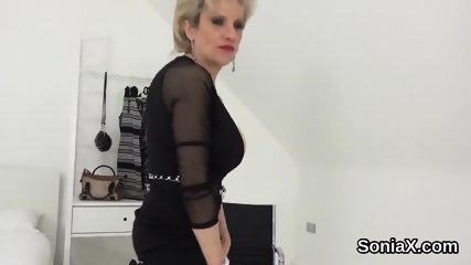 Unfaithful british milf lady sonia showcases her huge boobies